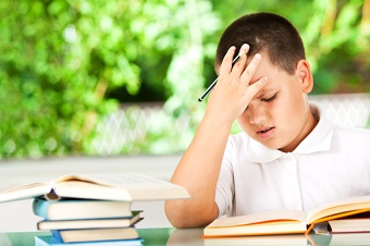 Parent Chat: Should My Child With Reading Struggles Repeat a Grade?